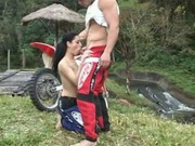 Motokrosař šuká svoji partnerku
