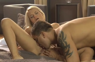 Czech blonde Jessie Jazz in action (HD porn)