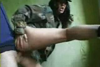 Vojenské sexuálne videá