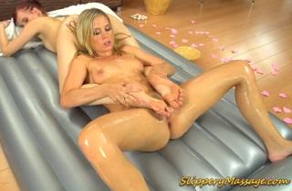 broušení na velký penis