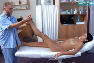 Czech girl at the gynecologist (Lucy)
