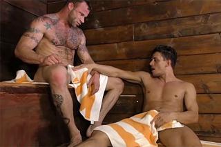 Alexander Gustavo a Derek Parker: Gay sex v sauně!
