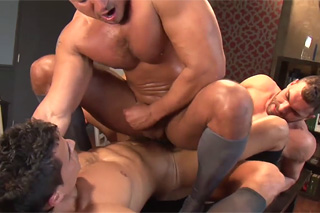Anal celebration of a new work relationship - gay porn