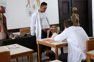 Anissa and Lola At The Nurses School (2014) – celý pornofilm