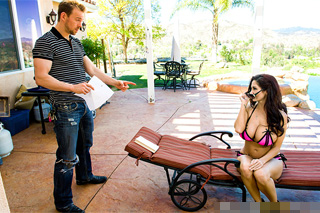 Ava Addams and Erik Everhard: Fuck by the pool solves a neighbor dispute!