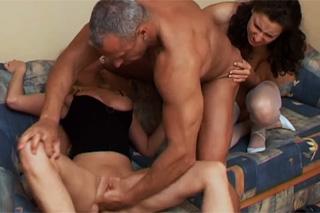 Sex zadek mladý