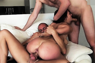 mladé černé sexuální pásky