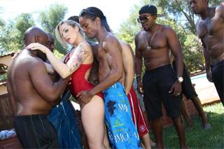 mladí krásky porno