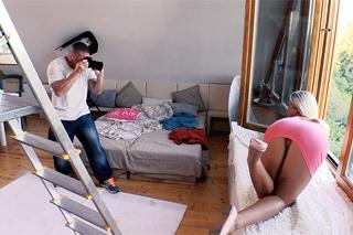 Česká modelka Vinna Reed souloží se svalnatým fotografem