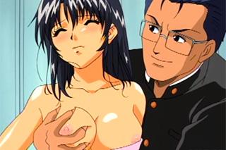 Členka hudebního souboru v drsném gang bangu s fotbalisty – Hentai porno