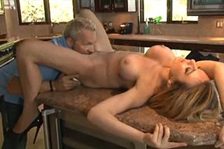 squirt porn holčičí prsa