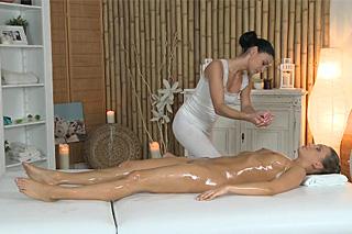 Marketas diary: Erotic massage of strange woman