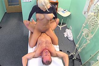 erotická videa pro ženy sex na wc