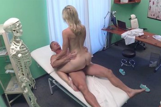 FakeHospital aha Czech clinique fucking (18 year old Victoria)