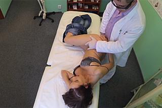 FakeHospital, aneb šoustání na české klinice (S doktorem i sestričkou)