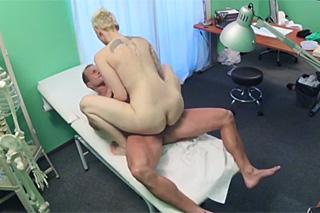 FakeHospital, aneb šoustání na české klinice (Zvýšení sexuální aktivity)
