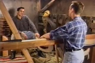 Farmář šuká se sousedem ve stodole – gay porno
