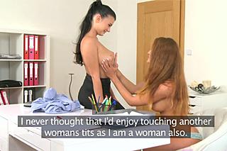 FemaleAgent Nicol a začínající modelka Lucy – české castingové porno