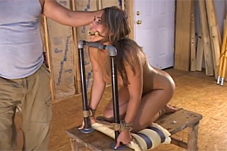 Dude tortures a bound girl - BDSM porn