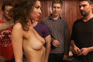 Hráči pokeru hromadně ošukají ženu kamaráda! (Princess Donna)