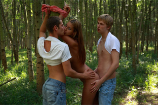 Kitty Jane: Threesome in nature!