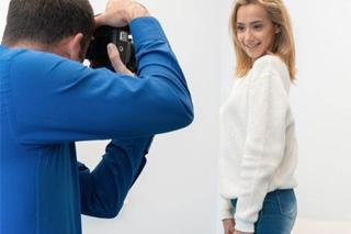 Kolumbijská pornoherečka Veronica Leal na castingu FakeAgent!