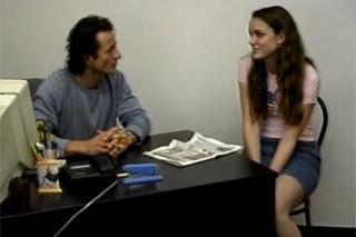 Kudrnatá školačka šuká s učitele kvůli známce! (George Uhl)