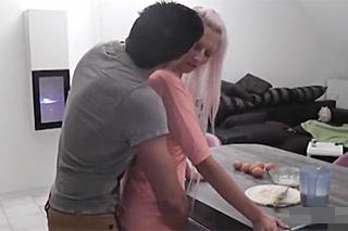 eroticke videa zdarma sex v kuchyni