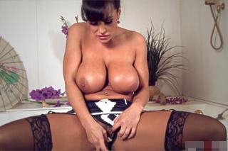 Lisa Ann teasing pussy during foam bath