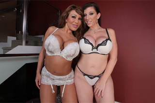Mommy Sara Jay and Ava Devine sharing a delivery boy's cock