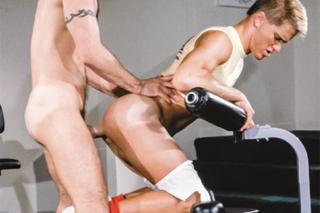 svalnatý kus Gay porno