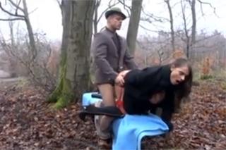 lesby zdarma sex v lese