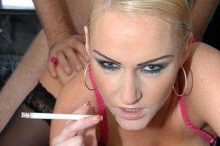 Chain-smoking Emma Louise aka sex with a cigarette
