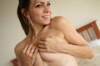 Passionate girlfriend Shelby Caldera: Morning fucking and facial!