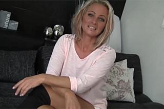sex s tetou www leo cz