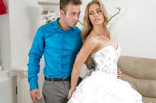 Nicole aniston bride