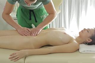 erotické masáže video sexy maminy