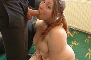Pascal White dominuje baculku Estell Bathory – BDSM porno