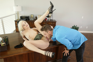 Assistant Elsa Jean enjoys romantic sex in office!
