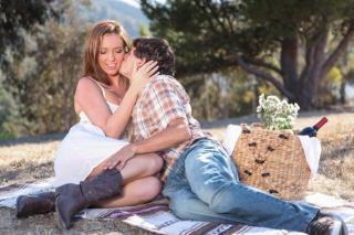 Pornokalendář DV 1.2 – Romantický kovboj Hynek a jeho krásná snoubenka