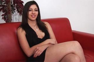 Pornokalendář DV (Svatava, 11.5.) – Anál a squirt na francouzském castingu!