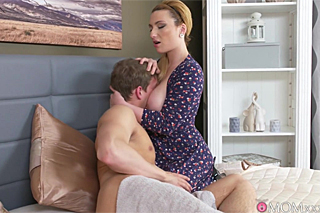 velké prsa máma porno video