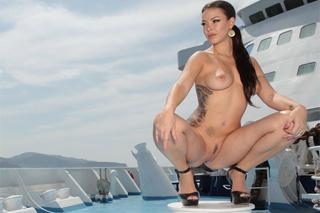 Sophia Santi: Intercourse on the boat