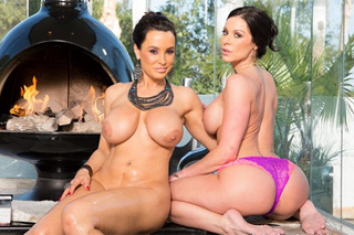 Neighbors have threesome or lady Lisa Ann and Kendra Lust are fucking hard!