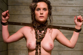 Statečná sexuální otrokyně Charlotte Vale – BDSM porno