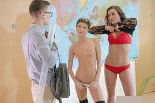 Student opíchá spolužačku a učitelku! (Gina Gerson a Niki Sweet)