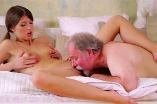 ona nabízí sex dlouha videa