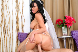 Wedding photographer fucks bride (Bill Bailey and Veronica Avluv)
