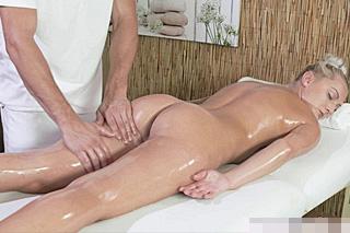 dominantní masáž pornstar zkušenosti