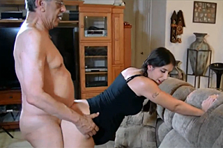 Pregnant woman seduces her father-in-law!